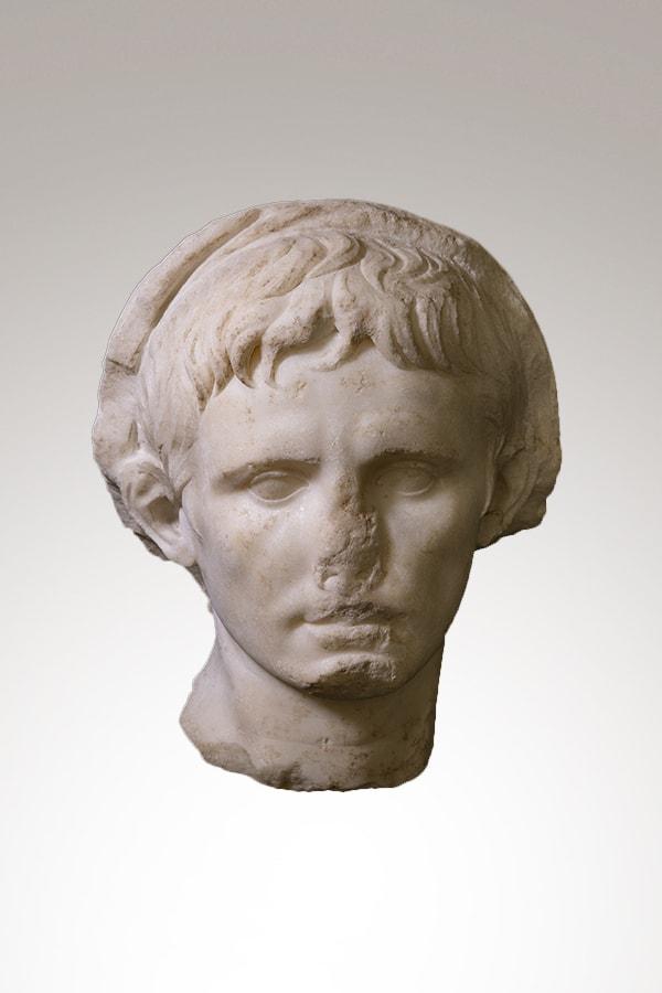 Tête portrait de l'Empereur Auguste