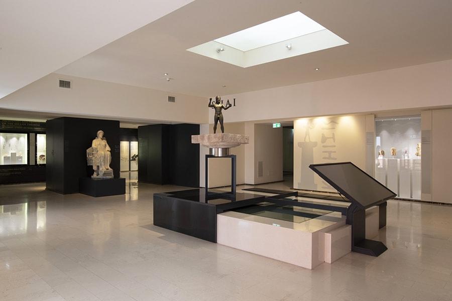 zweite Etage - Ausstellungshalle