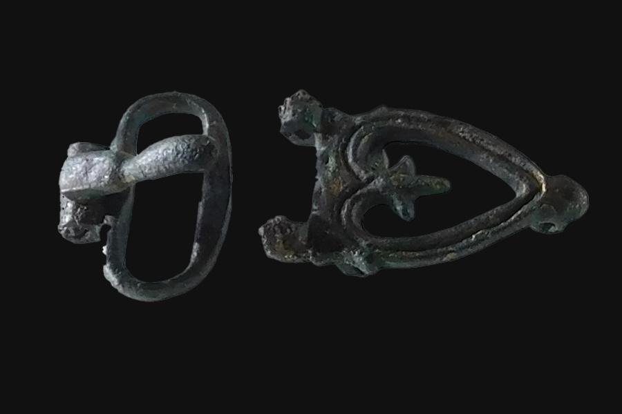 Fibbia da cintura  in bronzo