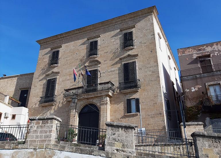"""Cosa vedere a Taranto: Museo etnografico """"A. Maiorano"""" e Palazzo Pantaleo"""