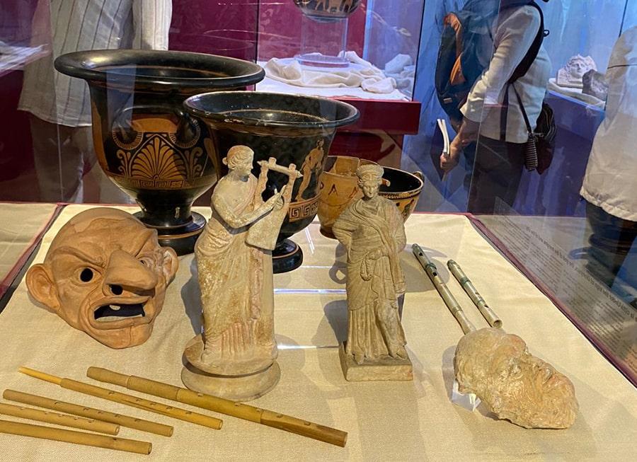 Taras e Vatl in mostra a Taranto